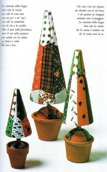 Decorazioni per l 39 albero di natale con il patchwork su for Decorazioni polistirolo