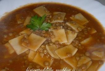Quadrettini di pasta fresca in brodo con lenticche paperblog for Marchi di pasta da non mangiare