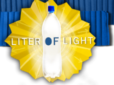 Illuminazione dalle bottiglie plastica: liter light