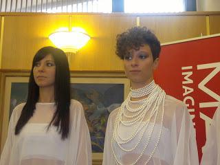 Foto capelli uomo e donna doppio taglio, cresta, sfumata ...