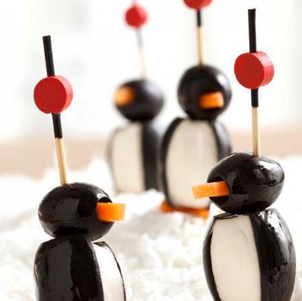 Antipasti Di Natale Pinguini Con Olive E Formaggio.Antipasti Natalizi Sfiziosi Pinguini Di Formaggio E Olive Paperblog