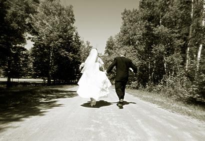 Va a sposarsi in comune denunciata perch irregolare for Regolarizzare badante senza permesso di soggiorno