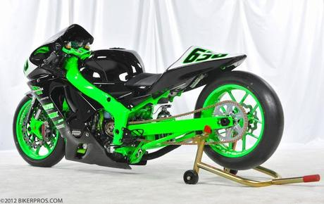 Kawasaki ZX-6R 2005 by Cody Kitchen