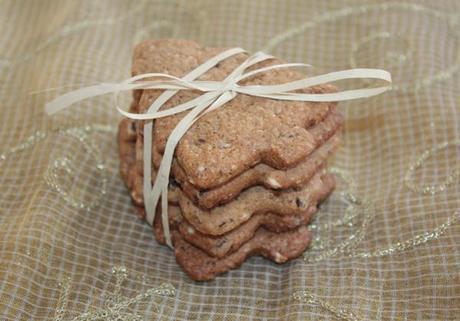 Biscotti di farina di farro e castagne con confetti
