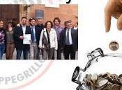Grillini eletti Sicilia danno indietro dello stipendio!