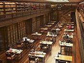 cosa dipende l'odore delle biblioteche