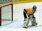 Hockey Ghiaccio: Asiago fermato Fassa, Valpusteria s'impone casa contro l'Alleghe. Vito Romeo)