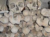 Cimitero delle Fontanelle: valle della morte cuore Napoli