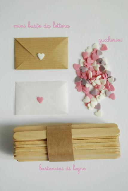 ... queste mini LOVE LETTERS come segnaposto magari per un matrimonio