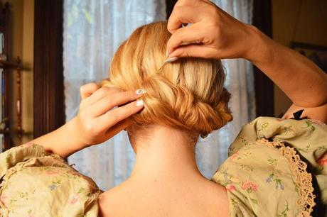 Romantic roll hairstyle for Valentine's Day