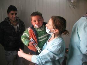 Elisa Fangareggi, la mamma modenese che aiuta i profughi siriani