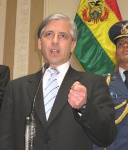 """""""L'IDEOLOGO DI STATO"""": UNA BIOGRAFIA POLITICA DI ALVARO GARCIA LINERA"""