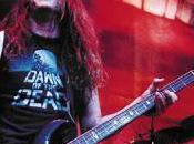 Metallica Robert Trujillo suona basso Cliff Burton (video)