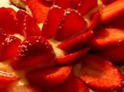 Torta spagna senza lievito crema pasticcera fragole