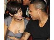 Rihanna Chris Brown, nuovo rottura. Tutta colpa Drake?