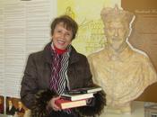 lavora alla Biblioteca Cardinale Lorenzo Brancati
