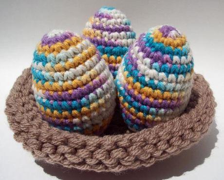 Tavola di pasqua uova decorate fai da te paperblog - Pasqua uova decorate ...
