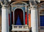 Visite fiscali Silvio. Poverino, trattato peggio degli assenteisti pubblico impiego. nella Cappella Sistina, intanto...