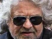 """Beppe Grillo: """"l'Italia fuori dall'euro"""""""