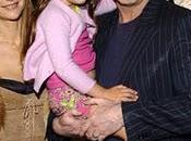 John Travolta tradisce moglie altri uomini