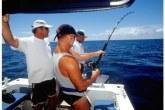 Pesca sportiva sul Great sea Reef con lo staff di Nukubati Island Resort