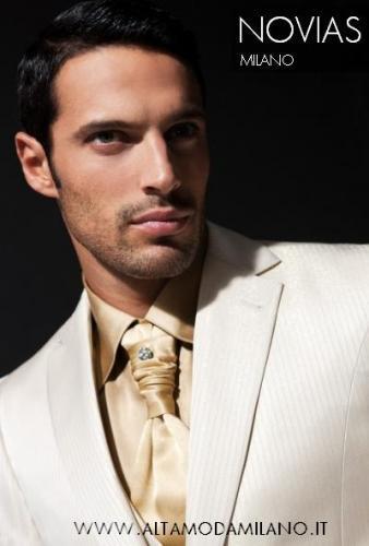 a2210fd4c2393 Le nuove collezioni di abiti da sposo milano Novias 2010 2011 cerimonia uomo