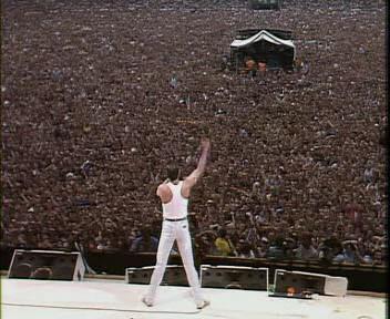 Tom Hooper dirigerà il biopic su Freddie Mercury?