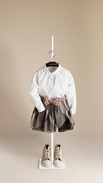 La moda per i piccoli come quella dei grandi;felpe a rigoni classiche