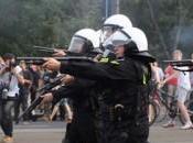 Proteste popolari diffuse arriva l'esercito sovranazionale