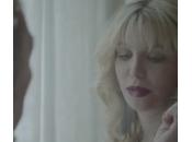 Courtney Love nello spot della sigaretta elettronica (video)