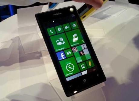 Lumia 520 Nokia il manuale e il libretto di istruzioni in italiano