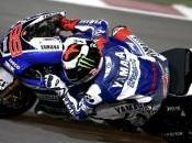 MotoGP Qatar. Jorge Lorenzo subito pole, delude Rossi