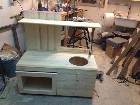 Come costruire una cucina per bambini di legno paperblog - Come rinnovare una cucina in legno ...