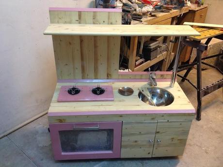 Come costruire una cucina per bambini di legno paperblog - Cucina giocattolo in legno ...
