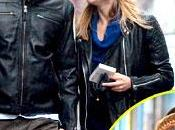 Passeggiata romantica Bradley Cooper Suki Waterhouse