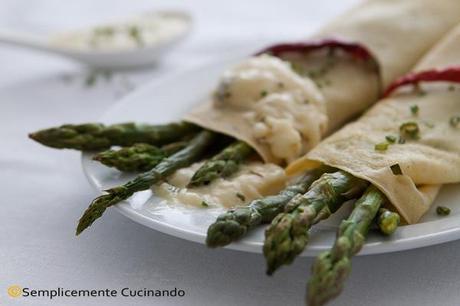 Asparagi in salsa di formaggio