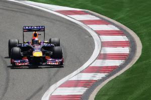 Sebastian-Vettel-Red-Bull_Qualifiche_GPCina_2013 (1)