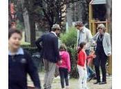 Alessandro Preziosi papà tenero Villa Borghese