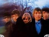 Between buttons Rolling Stones