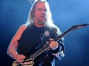 Jeff Hanneman, chitarrista degli Slayer, morto all'età quarantanove anni un'insufficienza epatica.