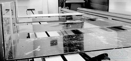 Tavoli in plexiglass su misura ecco il design shop giusto - Tavoli su misura on line ...