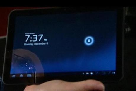 lockscreen Ecco il Tablet di Motorola con Android Honeycomb | Foto, caratteristiche tecniche e video
