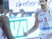 Varese semifinale, Milano abbatte Siena