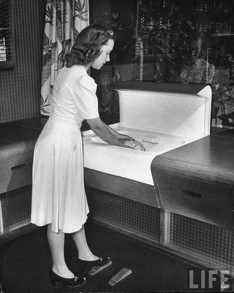 Mad men quando le donne sognavano la modernit in cucina for Cucina moderna giornale