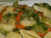 Pasta zucchine fiori zucca