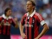 Milan, tanti auguri capitan Ambrosini!