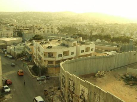 Il muro a Betlemme, ricorrente elemento del panorama in Israele e Palestina