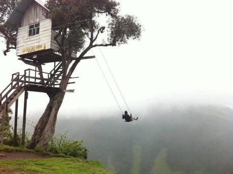 L'altalena mozzafiato a 1800 metri di altezza