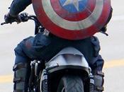 sguardo accurato nuovo costume Chris Evans Captain America: Winter Soldier