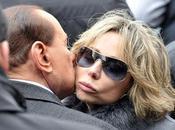 Berlusconi Dinasty: l'ora Marina. intanto Pomezia, commercianti aggrediscono sindaco sensazione realtà diversa Gaia.